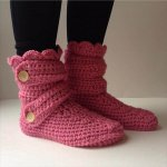 Women's Crochet Pink Slippers
