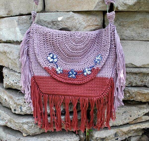 Crochet Fringe Bag : Chic Ombre Fringe Crochet Bag Pattern 101 Crochet