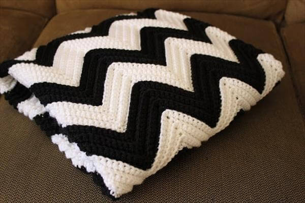 Free Pattern Crochet Chevron Baby Blanket : free crochet shell baby blanket patterns Car Tuning
