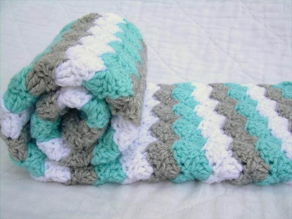 Crochet Blanket Patterns Free Baby : Free 3 Color Baby Blanket Crochet Pattern Pictures to pin ...