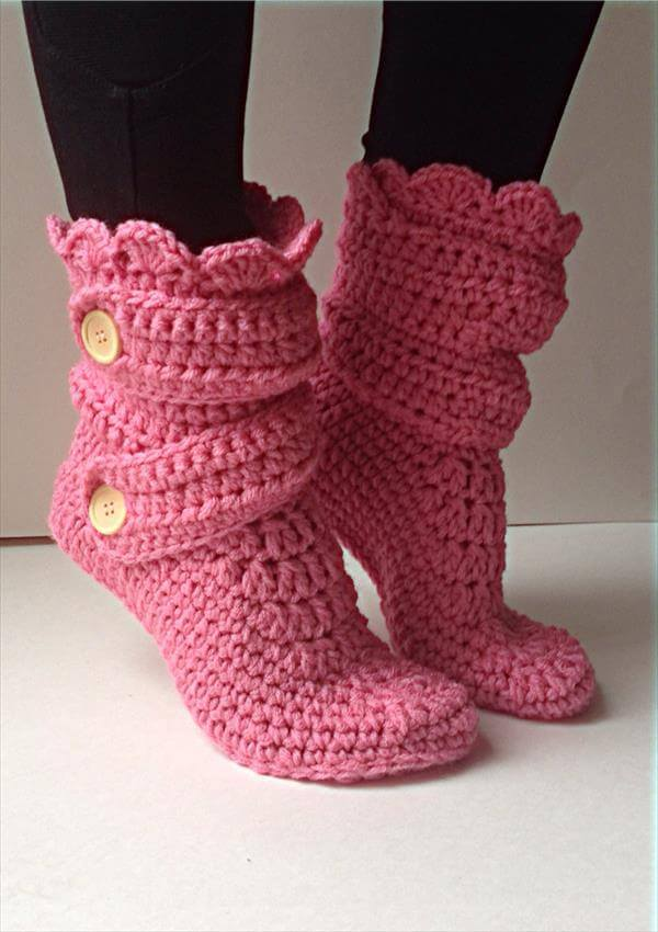 Free Crochet Slipper Patterns : Womens Crochet Pink Slippers 101 Crochet