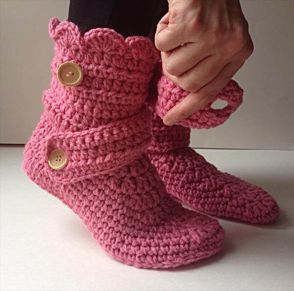 Crochet Free Patterns Boots : Womens Crochet Pink Slippers 101 Crochet