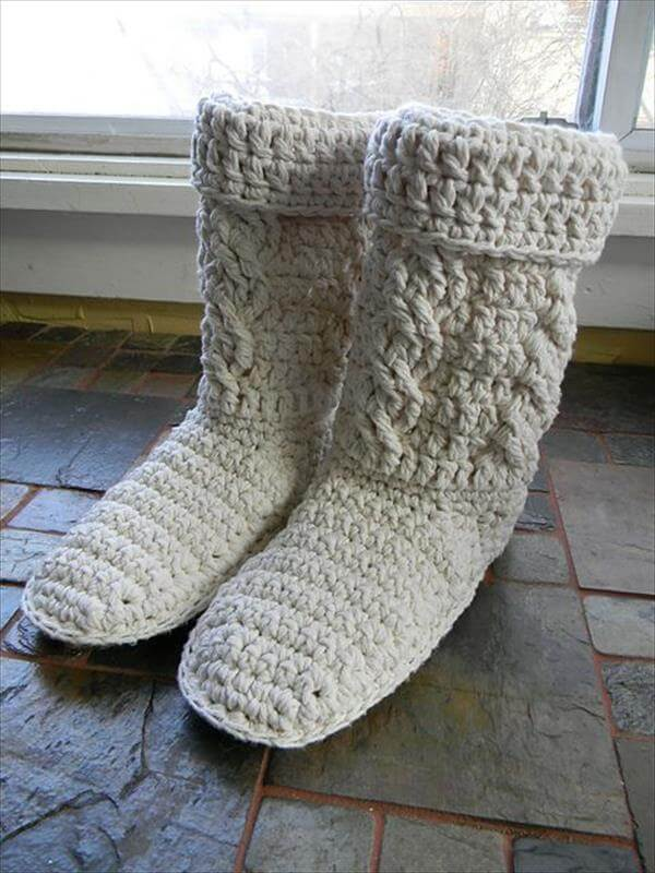 Free Crochet Pattern Baby Snow Boots : 10 DIY Free Patterns for Crochet Slipper Boots 101 Crochet