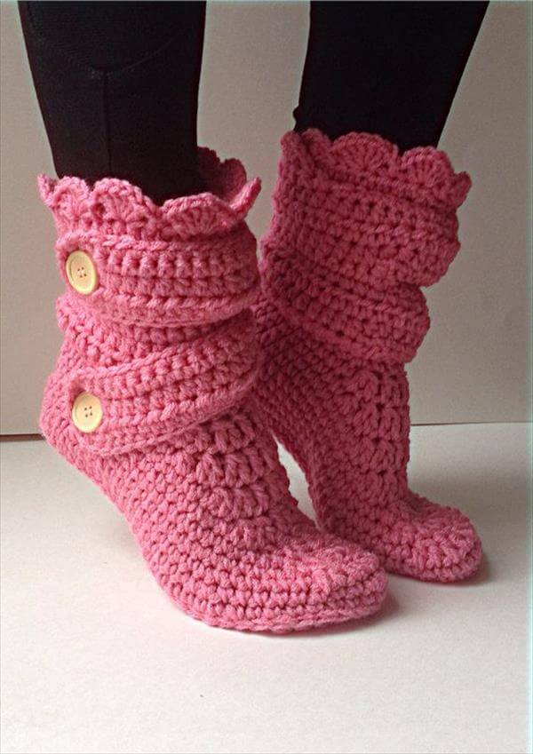 Crochet Shoes : 10 DIY Free Patterns for Crochet Slipper Boots 101 Crochet