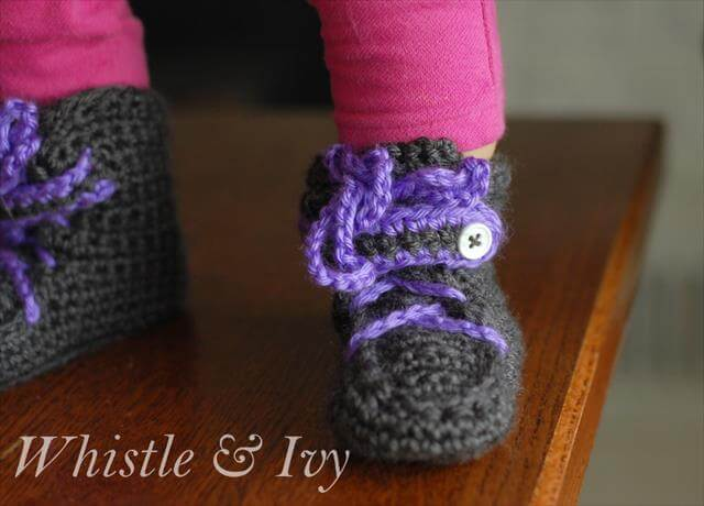 Crochet Baby Moccasin Boots