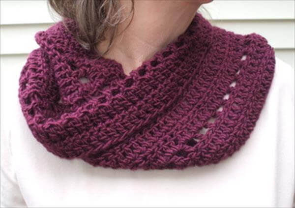 Free Crochet Pattern For A Cowl : 10 Free Crochet Cowl Patterns - Fast & Easy 101 Crochet