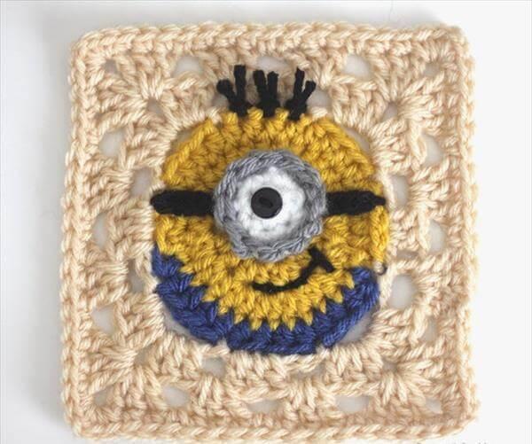 crochet minion granny square